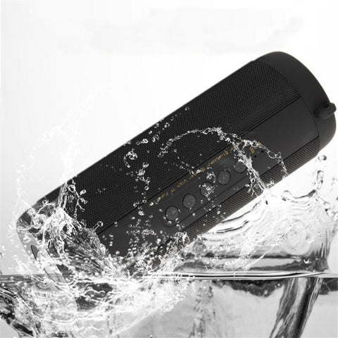 1800mAh Portable Waterproof Bluetooth Speaker
