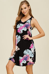 Relaxed Tropical Print V-Neck Sleeveless Dress in Black, Pink & Blue Floral