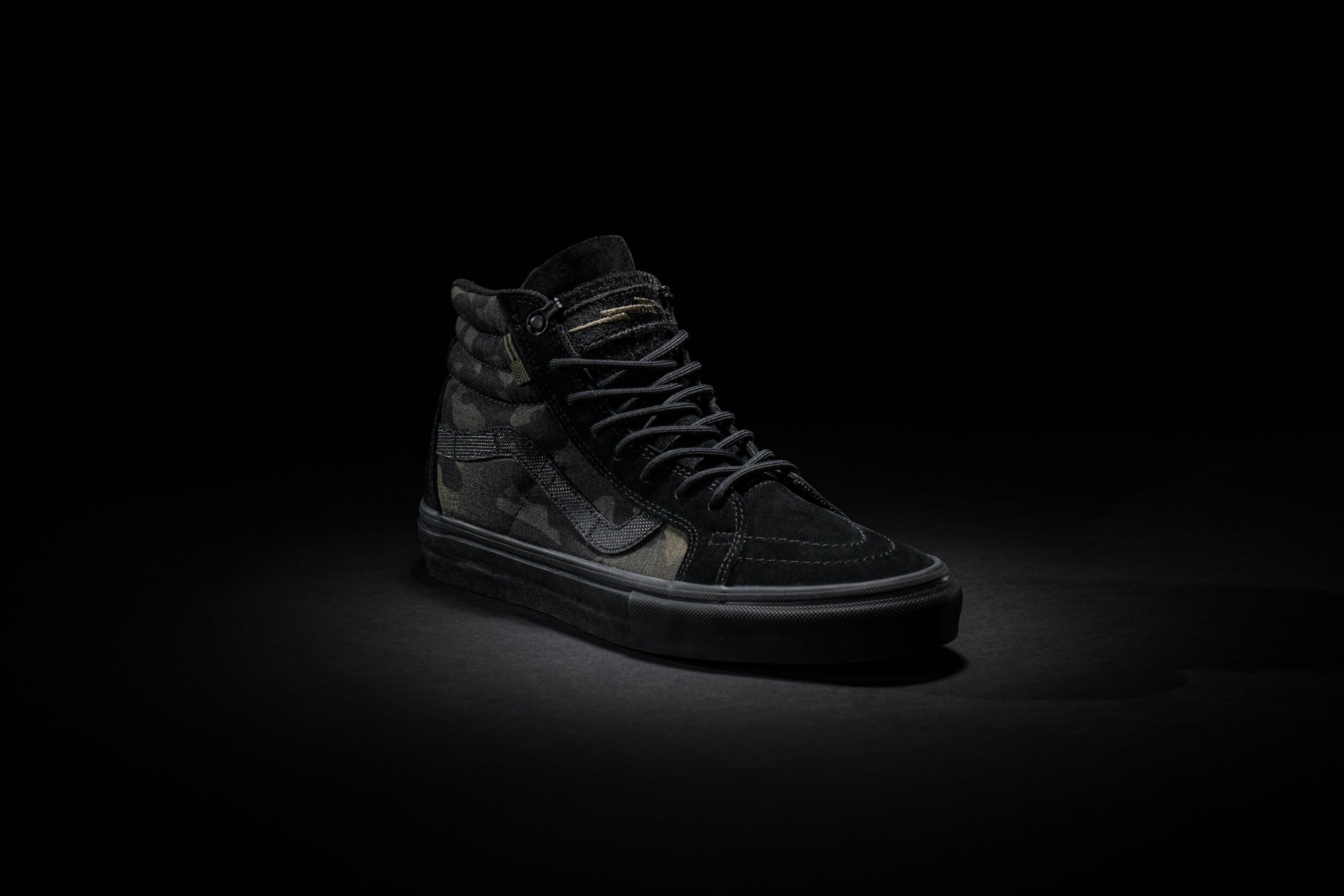VANS™ SK8-HI NOTCHBACK PRO – DEFCON GROUP 884652a67