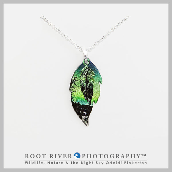 Rookie Pond Double Leaf Necklace