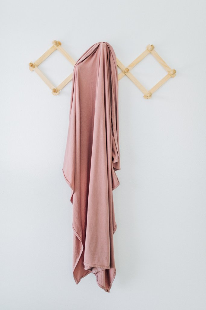 Mebie Baby Stretch Swaddle - Dusty Rose