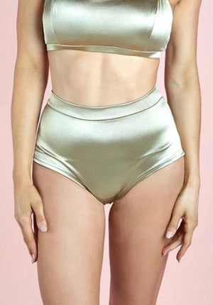High waist basic shorts – Gold