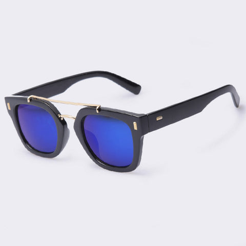 Retro Fashion Women Designer Sunglasses