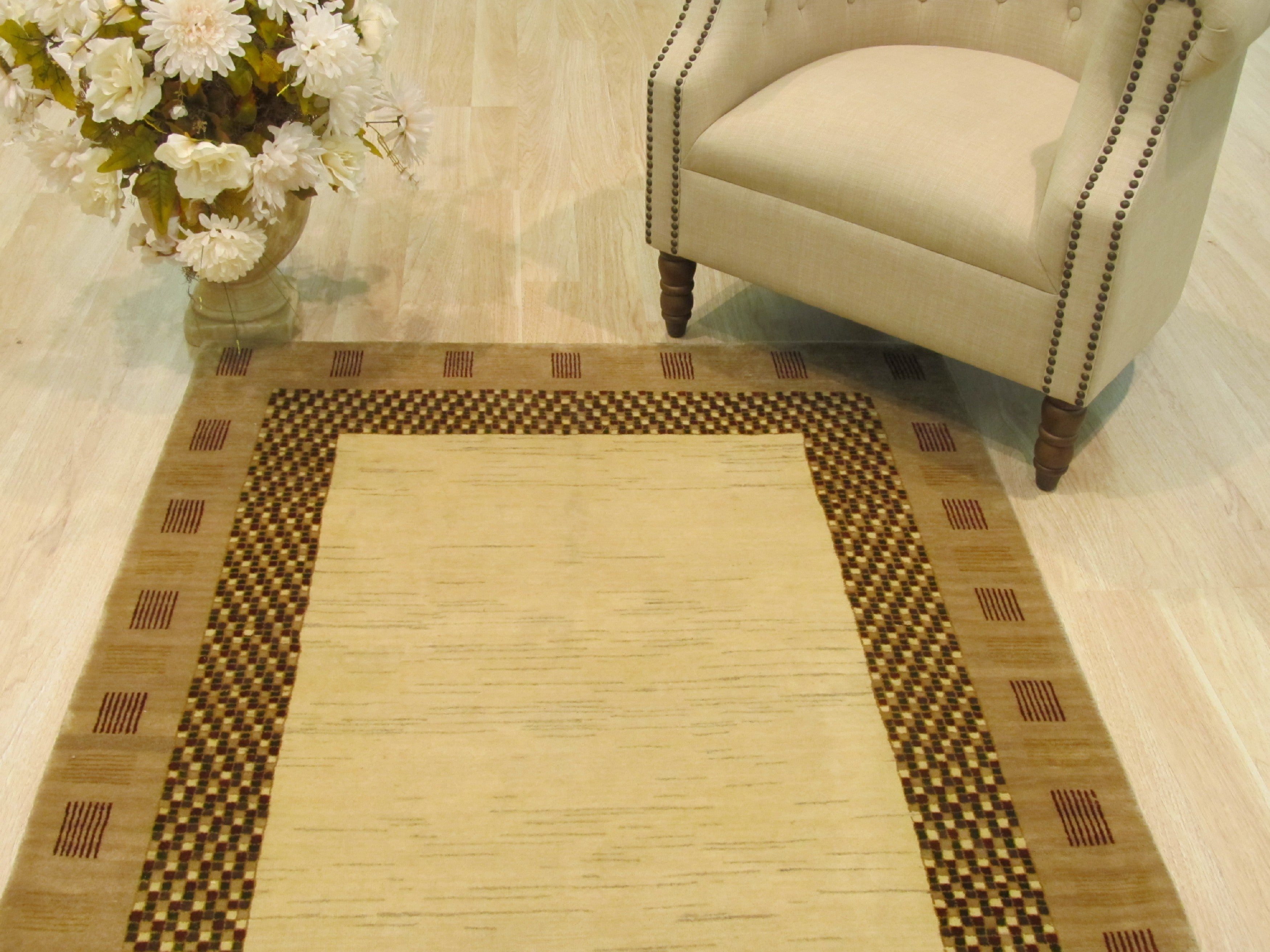 EORC Hand-knotted Wool Ivory Traditional Solid Lori Baft Gabbeh Rug