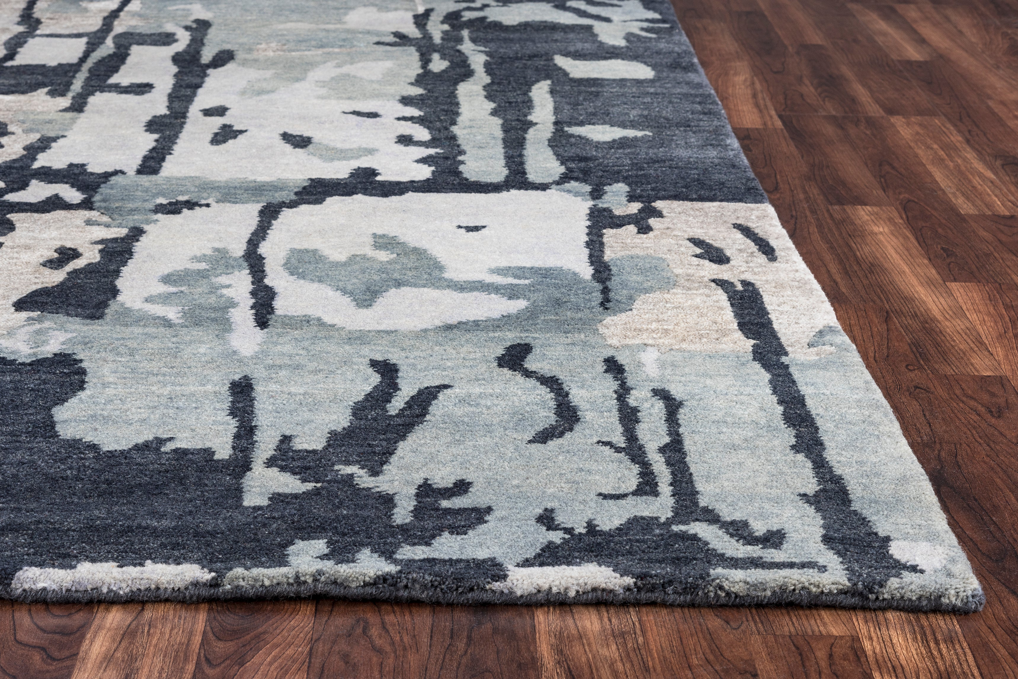 Rizzy Home Avant-Garde AG8686 Gray Graphic Area Rug