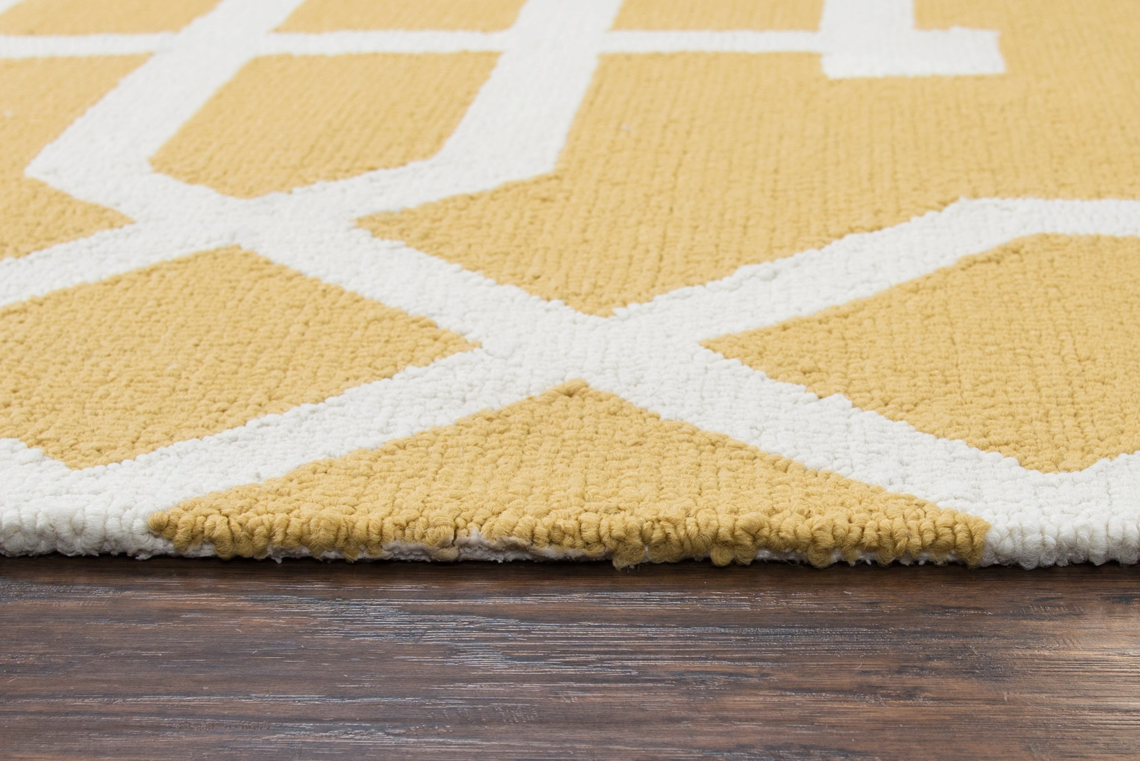 Rizzy Home Azzura Hill AH035A Yellow Trellis/Geometric Area Rug