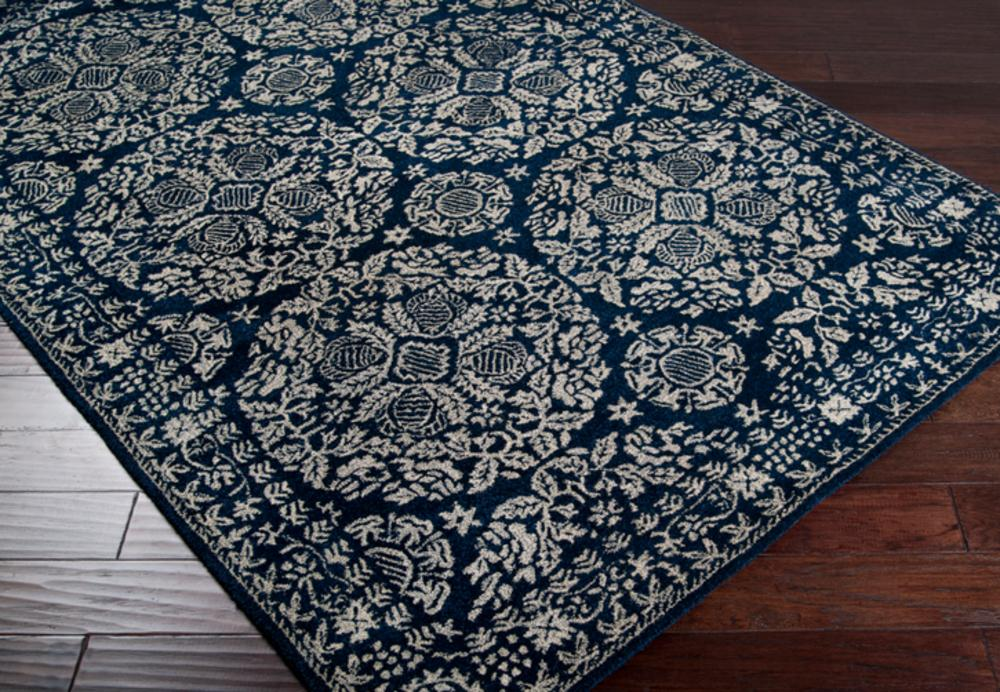 Surya Smithsonian SMI-2112 Transitional Area Rug