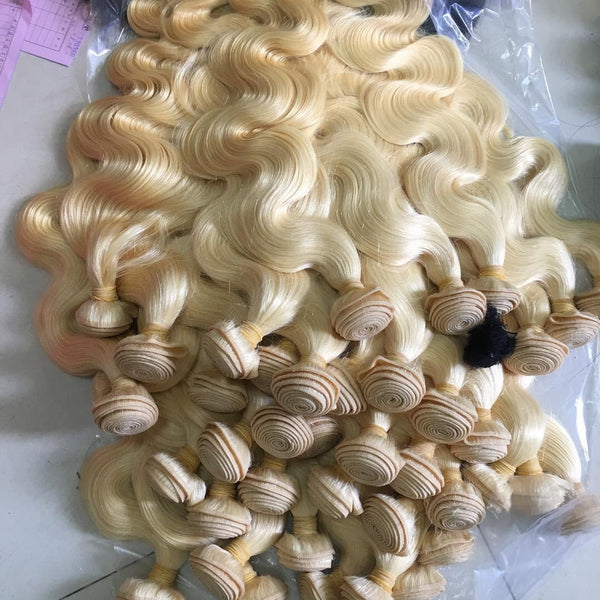 BARBIE BLONDE COLLECTION