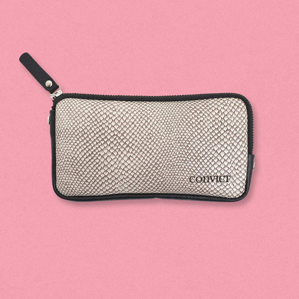 Convict Esther Wallet, Sand Snake