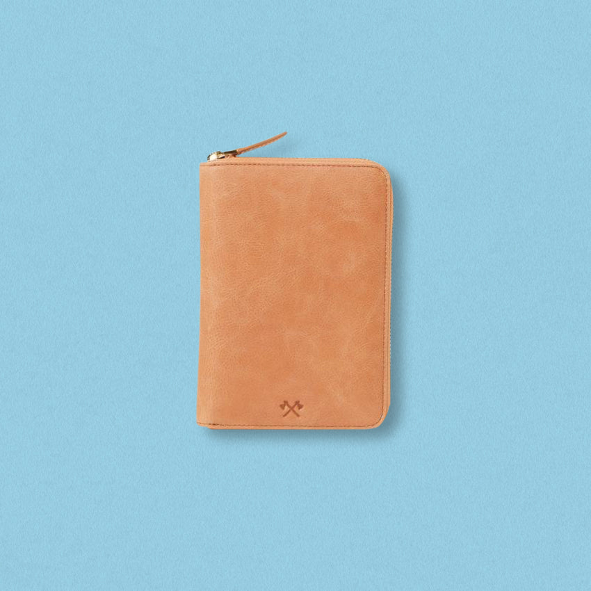 Arlington Milne David Passport Holder, Tan