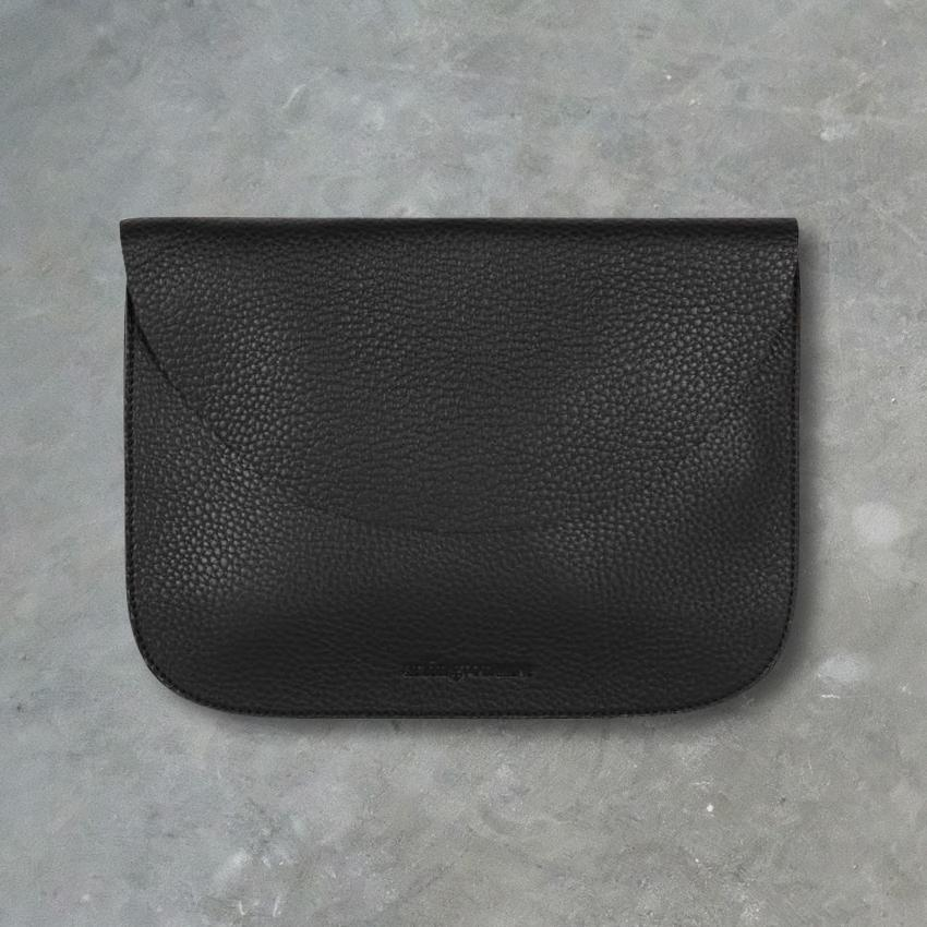 Arlington Milne Ella Pouch Small, Black
