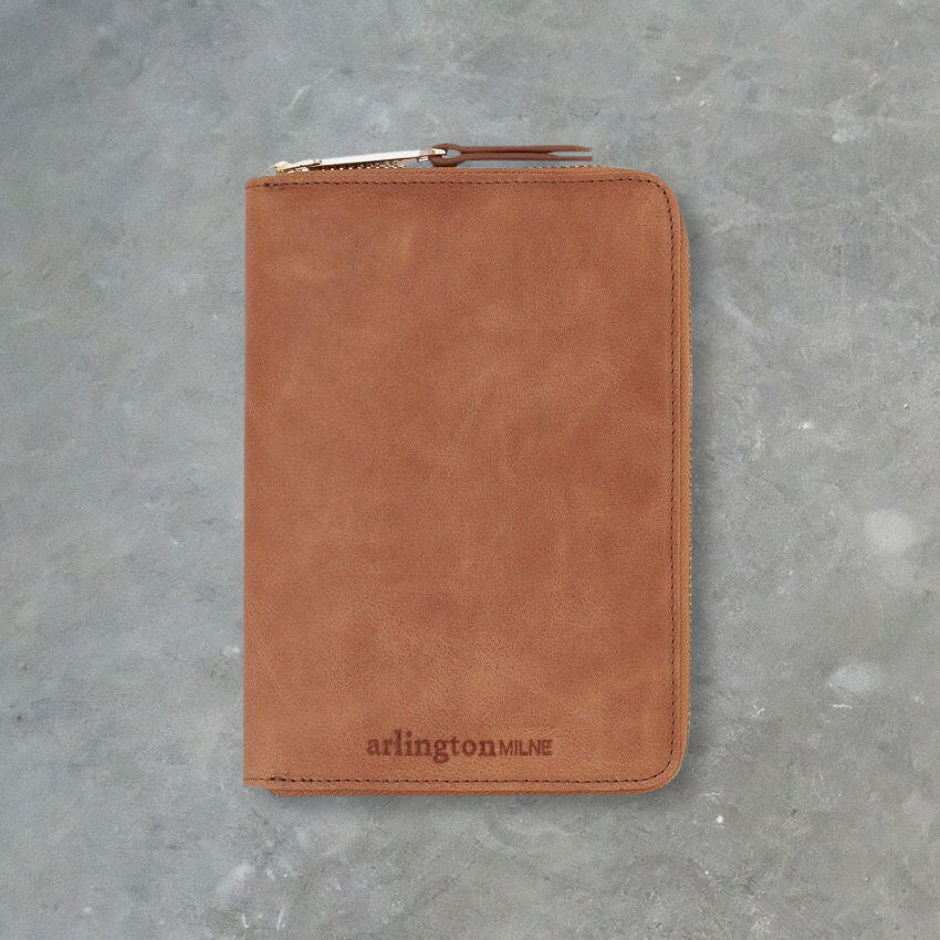 Arlington Milne Zoe Passport Holder, Vintage Tan