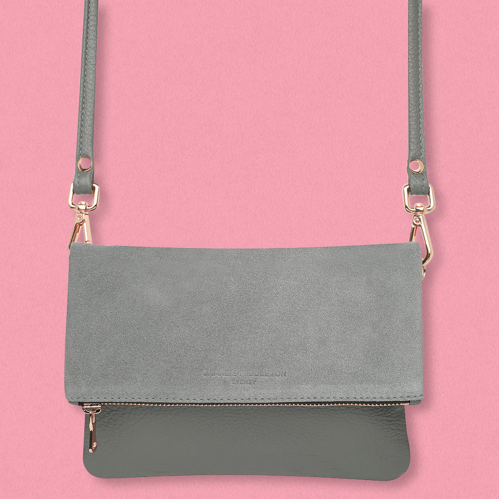 Charlie Middleton Mini Weekend Clutch, Oliphant