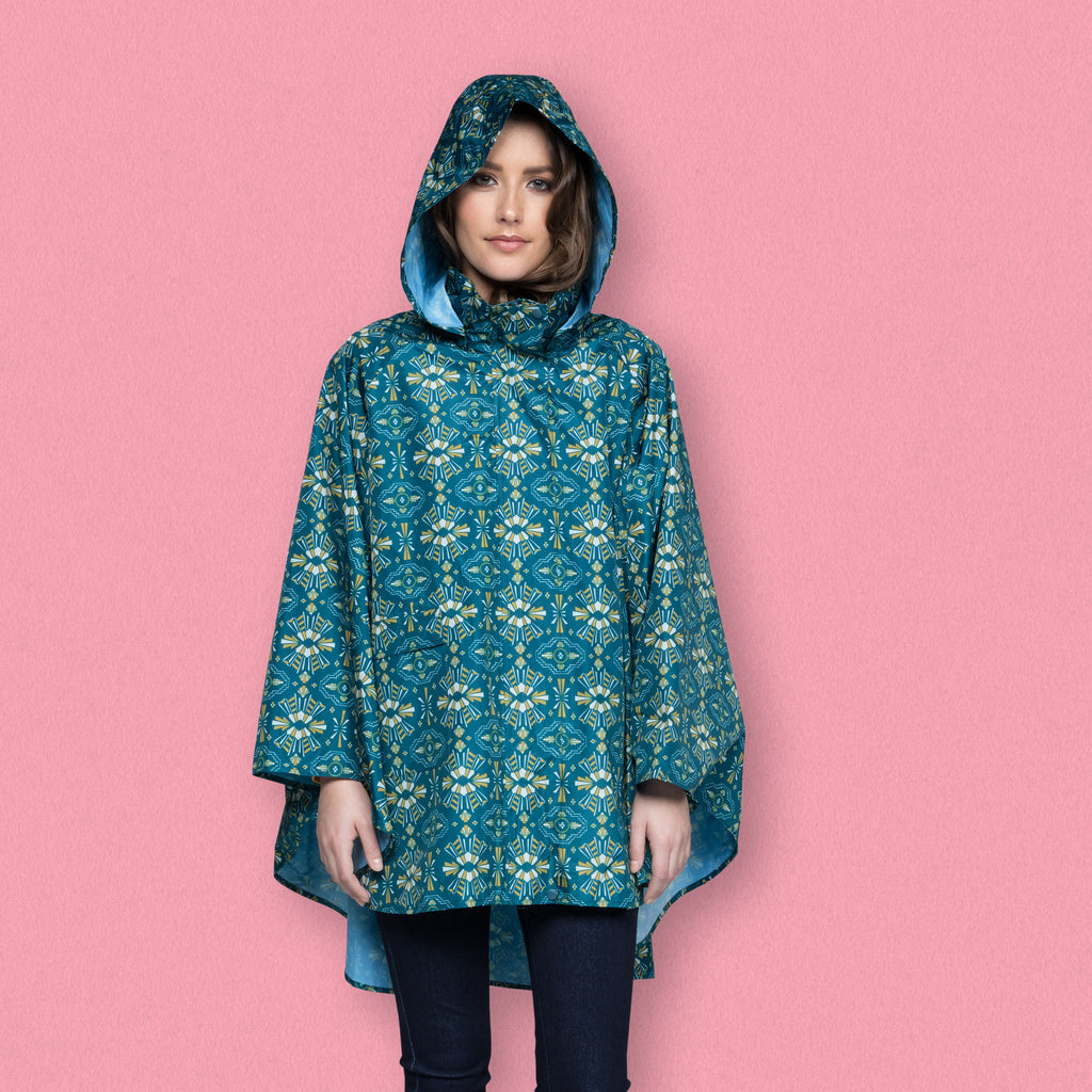 November Rain Poncho, Tribe