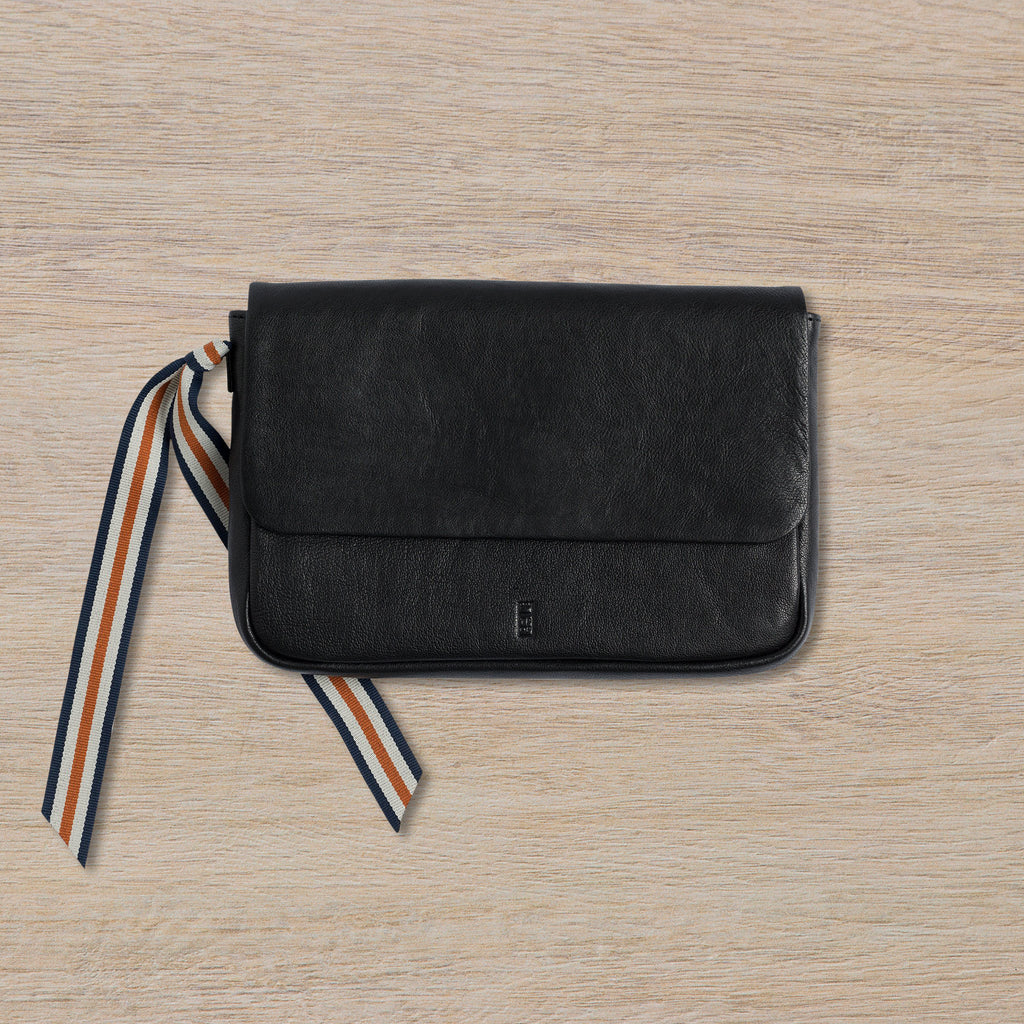 The Pick of Pieces Geneva Wallet, Black