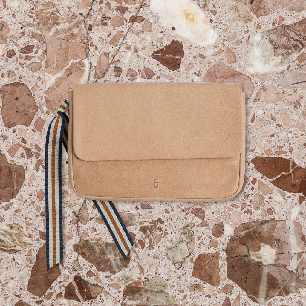 The Pick of Pieces Geneva Wallet, Natural
