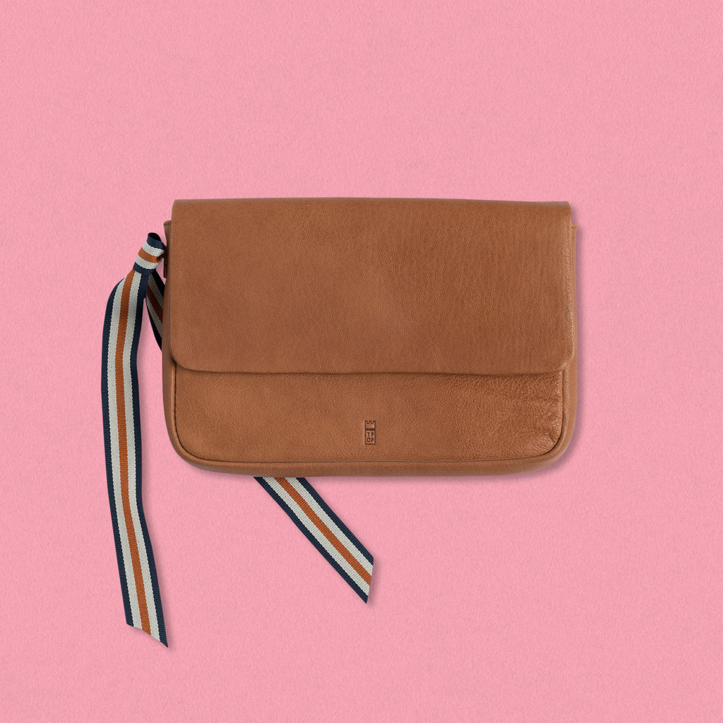 The Pick of Pieces Geneva Wallet, Tan