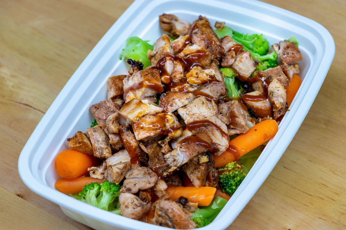BBQ Chicken Thighs with broccoli and carrots