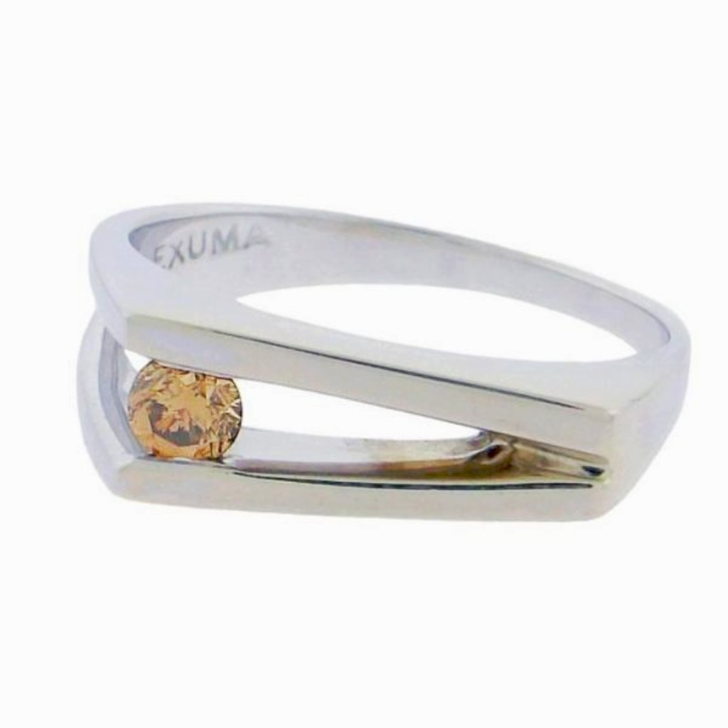 solitaire champagne diamond in 14 k white gold V ring