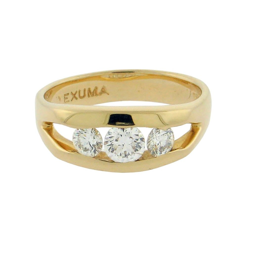three round diamonds set in a 14 k yellow gold ring