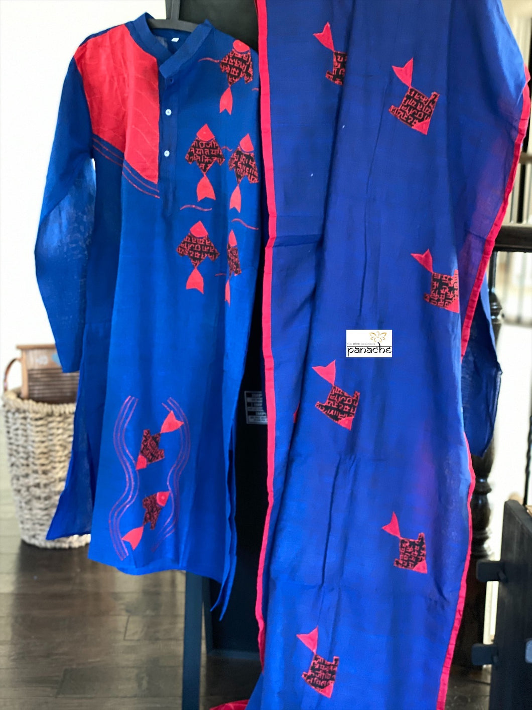 Khadi Cotton Saree Kurta Pair - Royal Blue Red