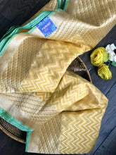 Silk Cotton Jamdaani Kora Banarasi - Yellow Zari woven