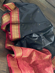 South Silk - Black Maroon