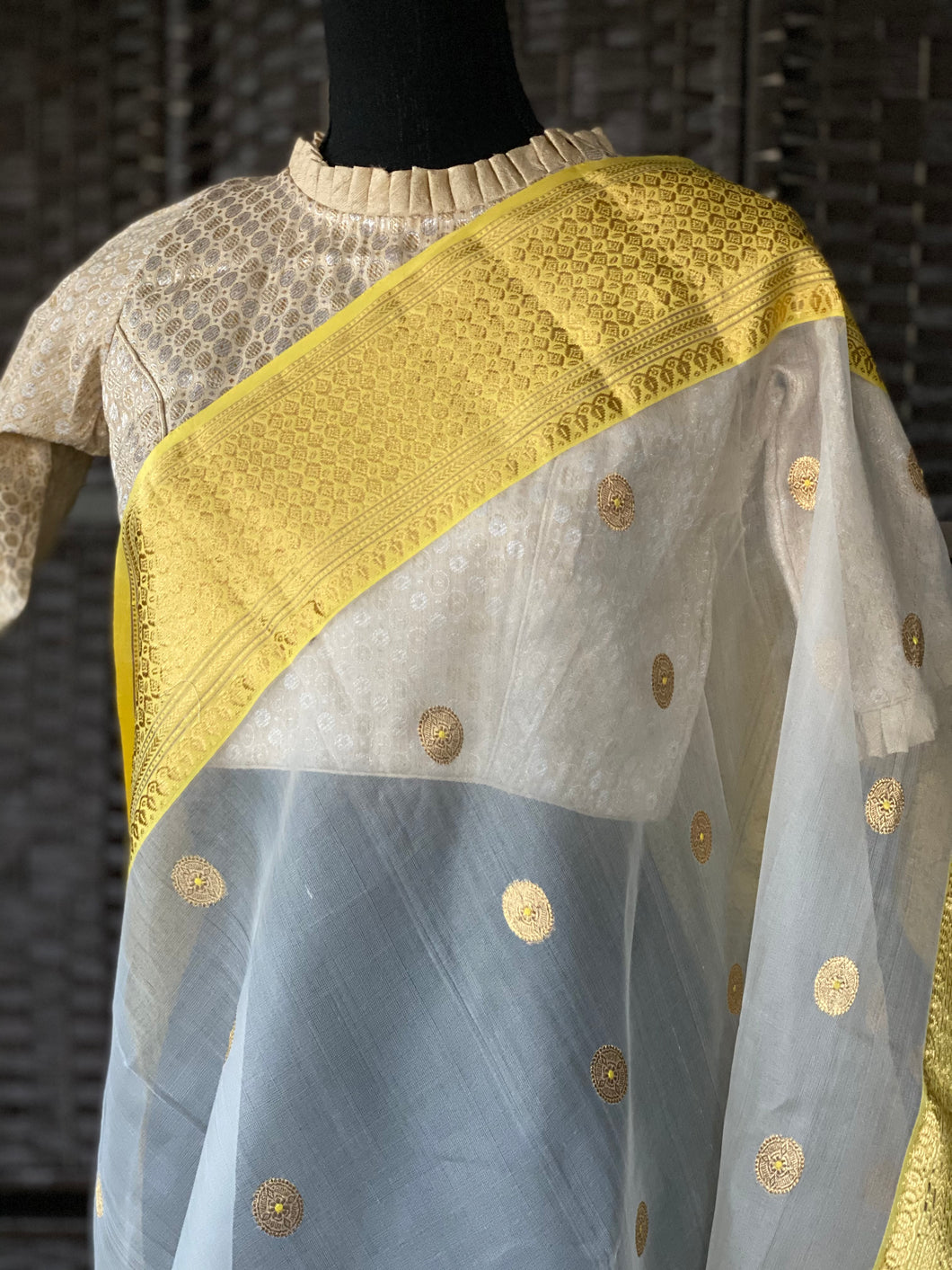 Designer Blouse - Offwhite Golden Brocade
