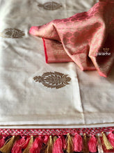 Katan Silk Banarasi - Cream Peach