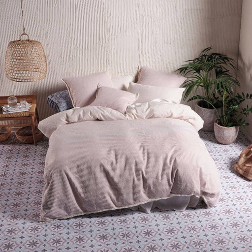 Lagos Blossom Quilt Cover Set by Linen House