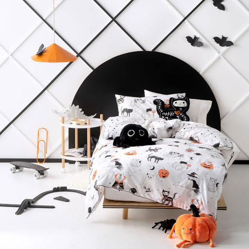 Scaredy Cat Quilt Cover Set by Hiccups