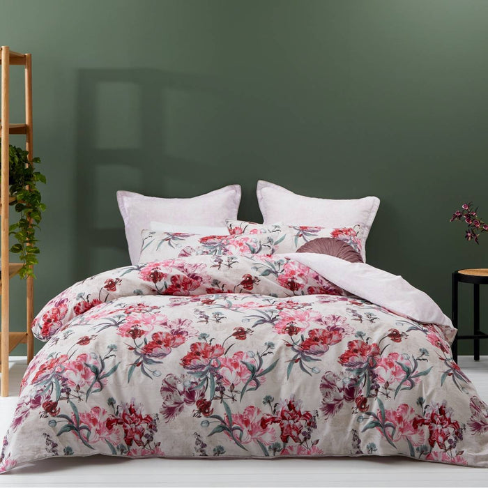 Clara Pink Quilt Cover Set By Logan & Mason