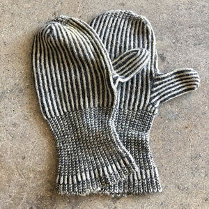 Vintage Pair of Knit Mittens