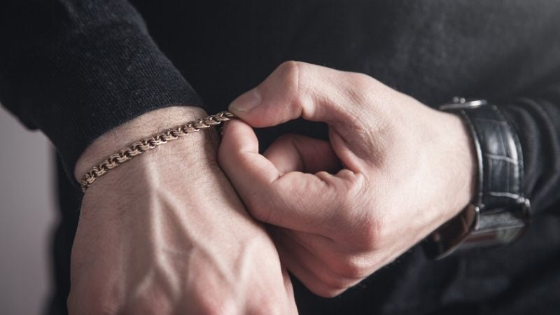 The Right Fit: Measuring Tips for Gold Bracelets