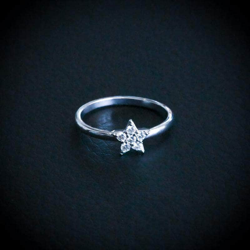 Gold Presidents Ring White Gold / 6 Star Promise Ring