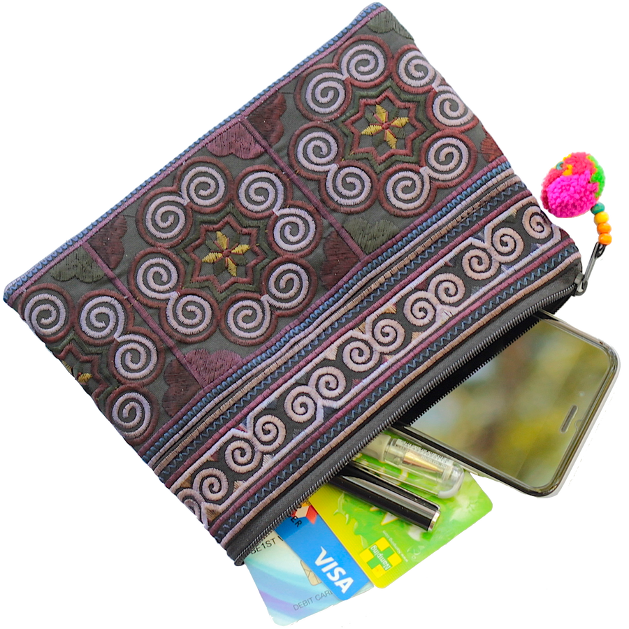 Sabai Jai Black Cosmetic Pouch with accessories