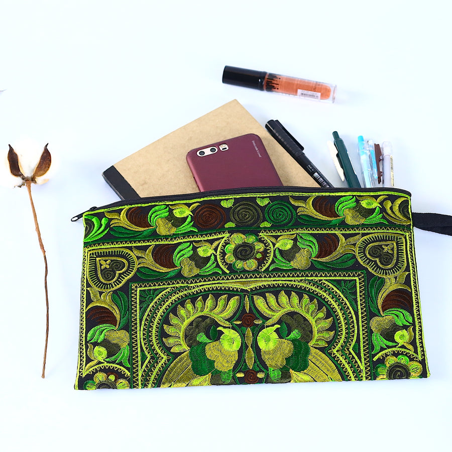 Sabai Jai Green Large Twin Bird Clutch with accessories