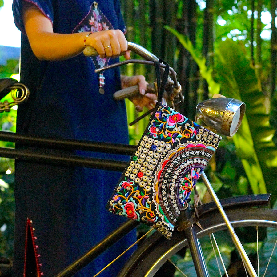 Sabai Jai Silver & Multicolor Rose Clutch side of bike