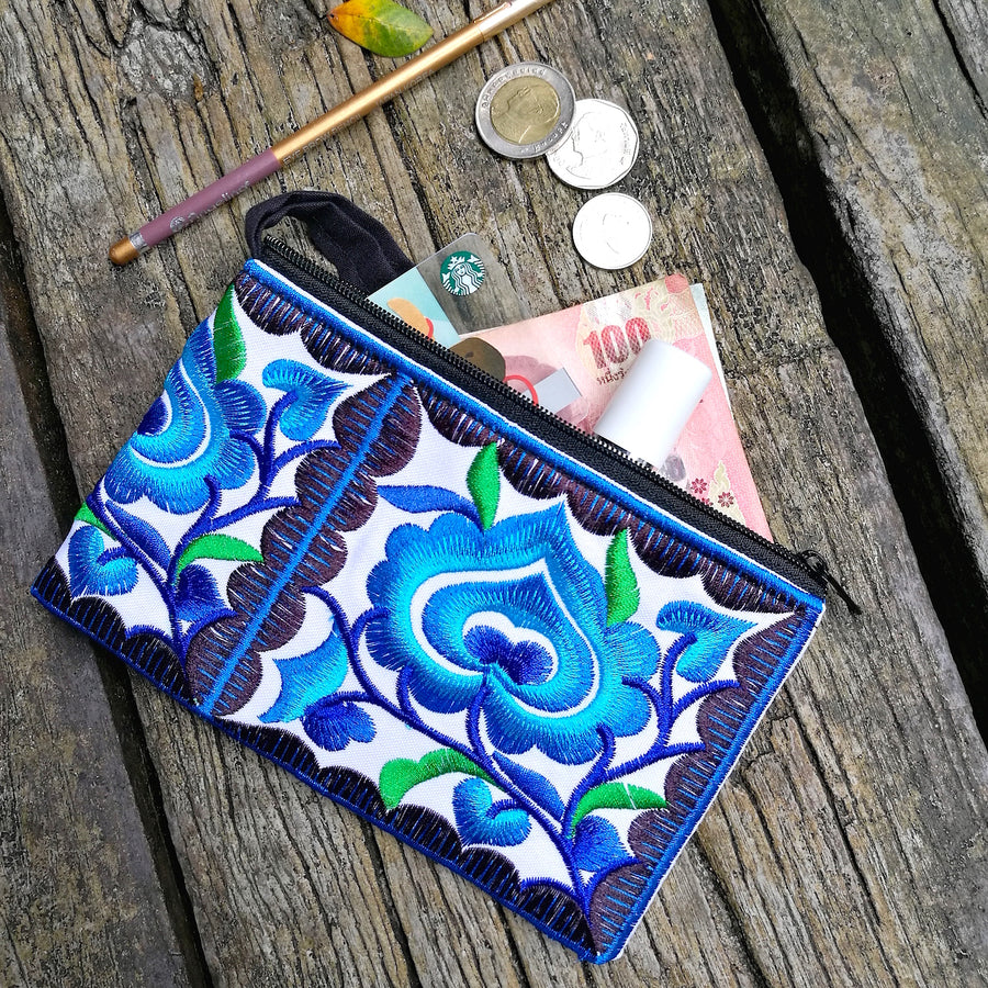 Mini Floral Wristlet (Blue/White)
