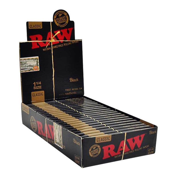 "RAW Black Natural Rolling Papers 1 1/4"" (24 Count Box)"