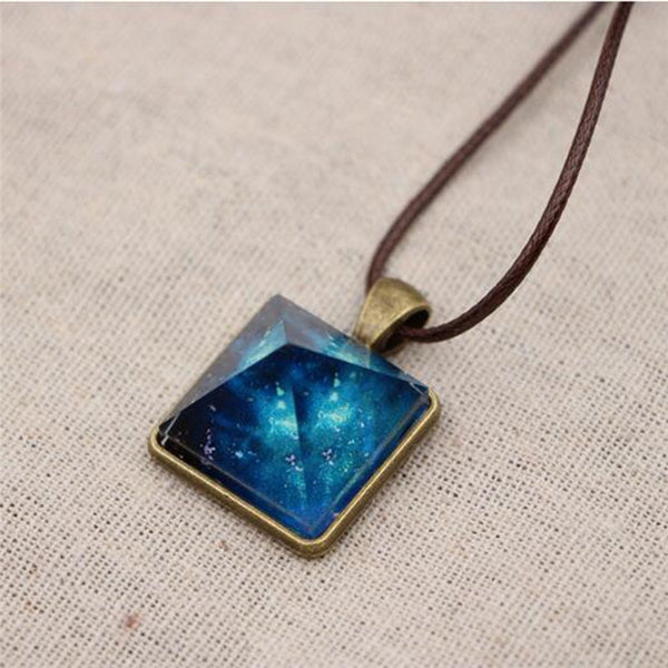 Fashion Jewelry - Necklaces - Vintage Style Dreamy Starry Sky Luminous Crystal Pendant - Blissful Delirium