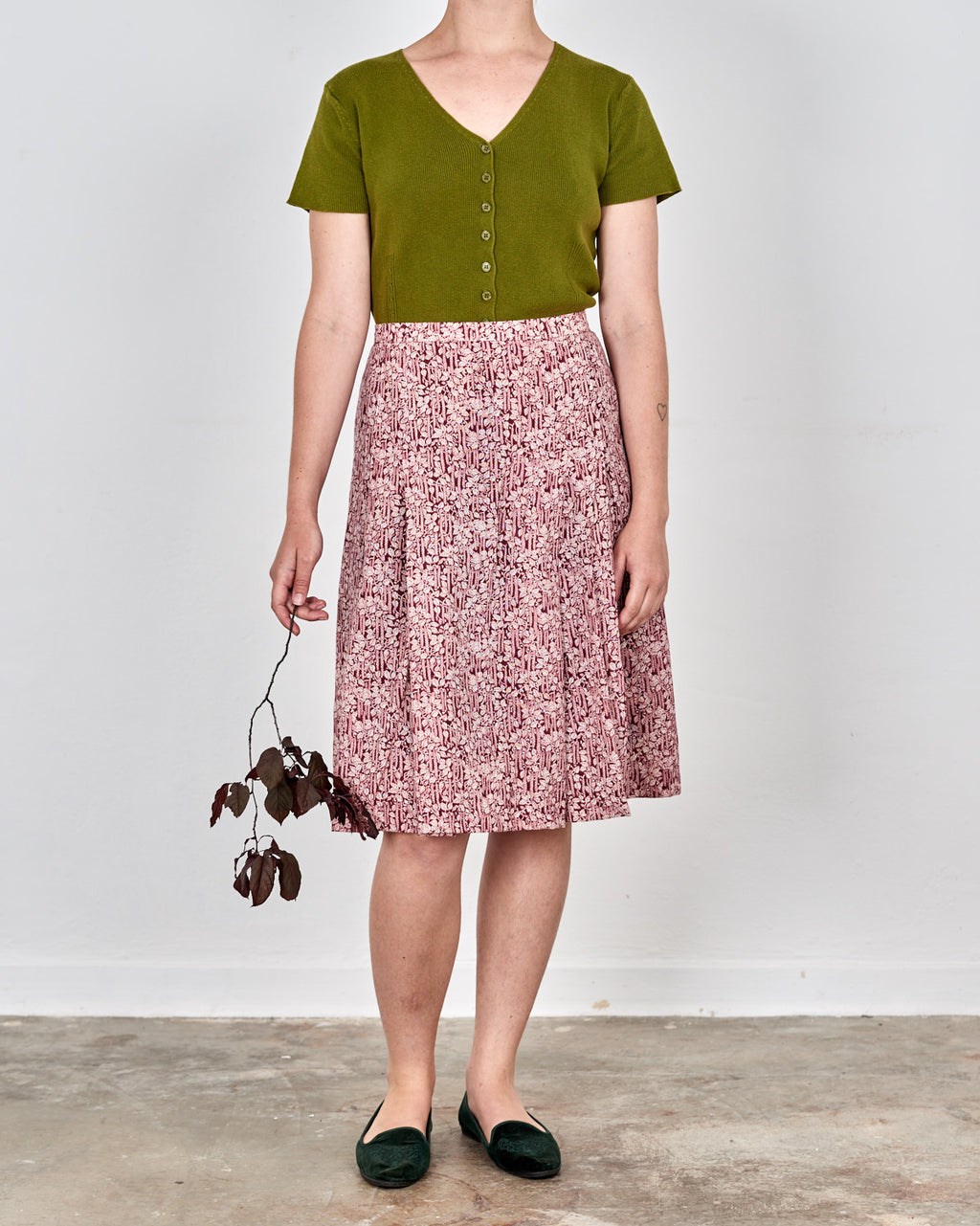 Red Wine Ivy Leaf Pleated Skirt