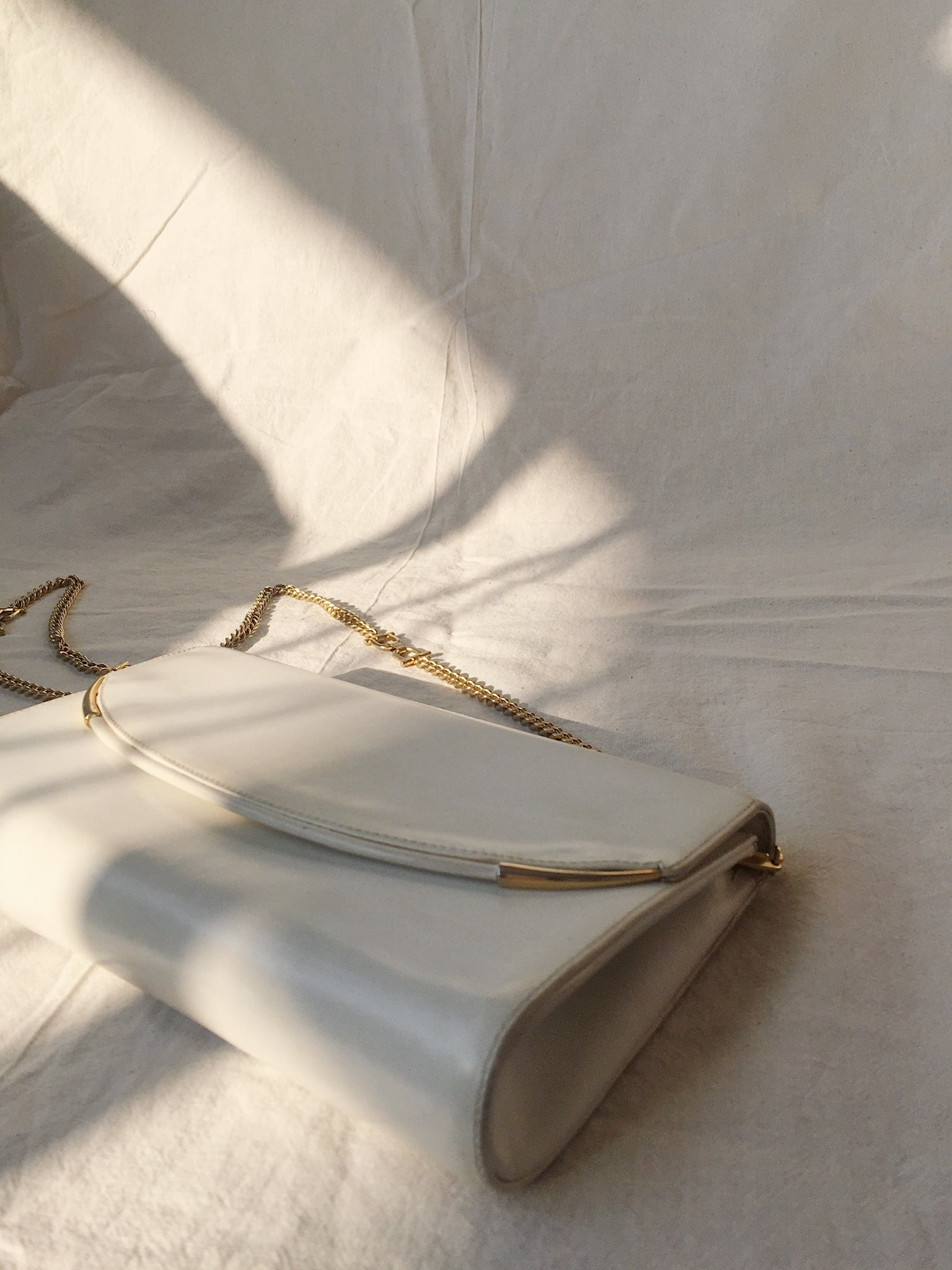 Vintage White and Gold Leather Handbag