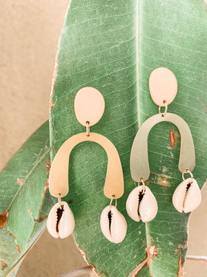 Cowrie_earrings