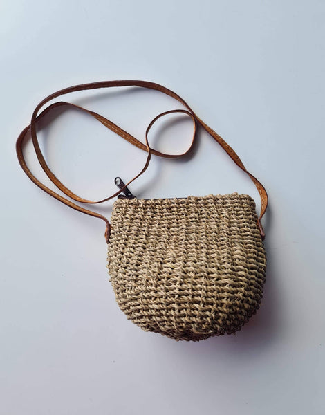 Shoulder Cross Over Bags, Woven, Large, Leather straps, Small Size - SAGE Living & Homewares