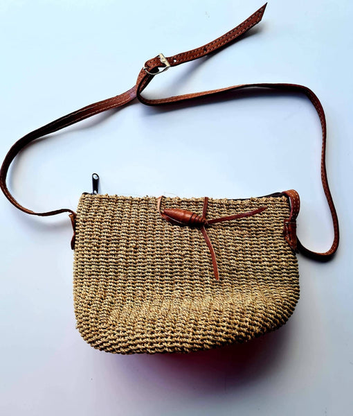 Shoulder Cross Over Bags, Woven, Large, Leather straps, Medium Size - SAGE Living & Homewares