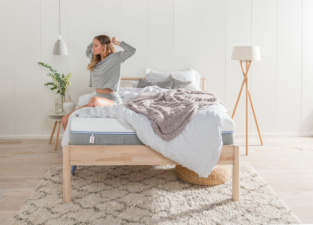 A Hybrid Mattress Guide: The Best Of Both Worlds