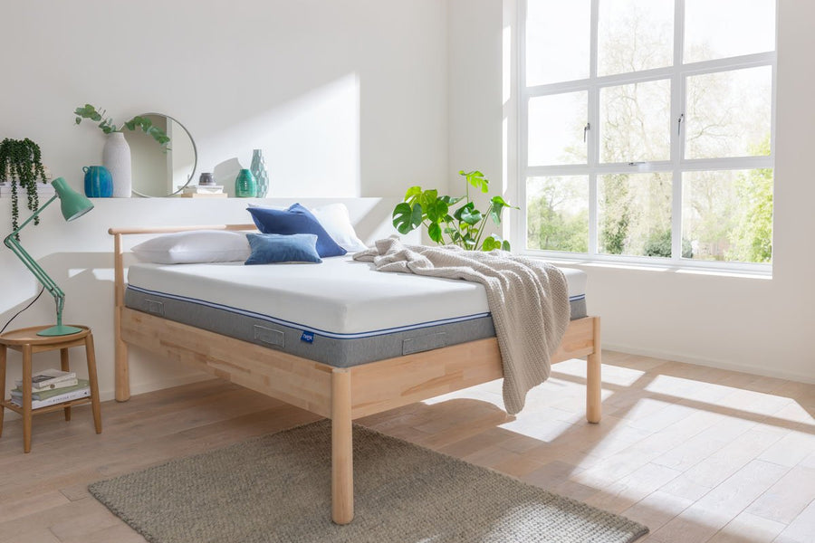 DUO Mattress side view