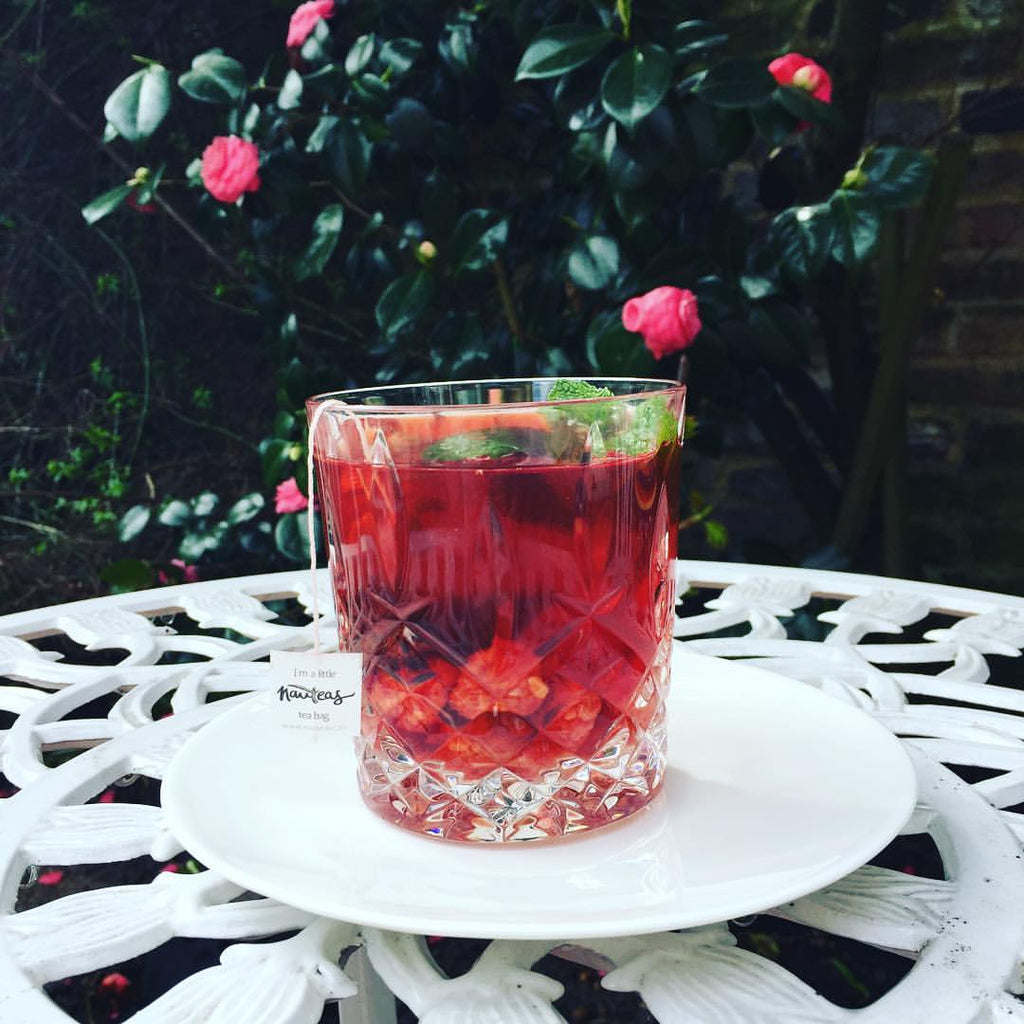 RECIPE: Cherry Loves Rose ice tea with honey and raspberries