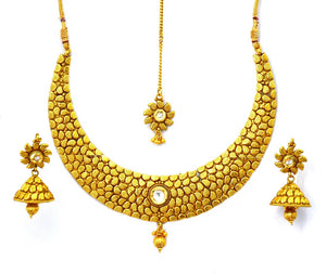 Necklace Traditional Jewelry In Golden Kundan